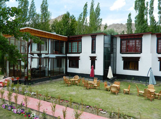 Thongsal Hotel In Leh