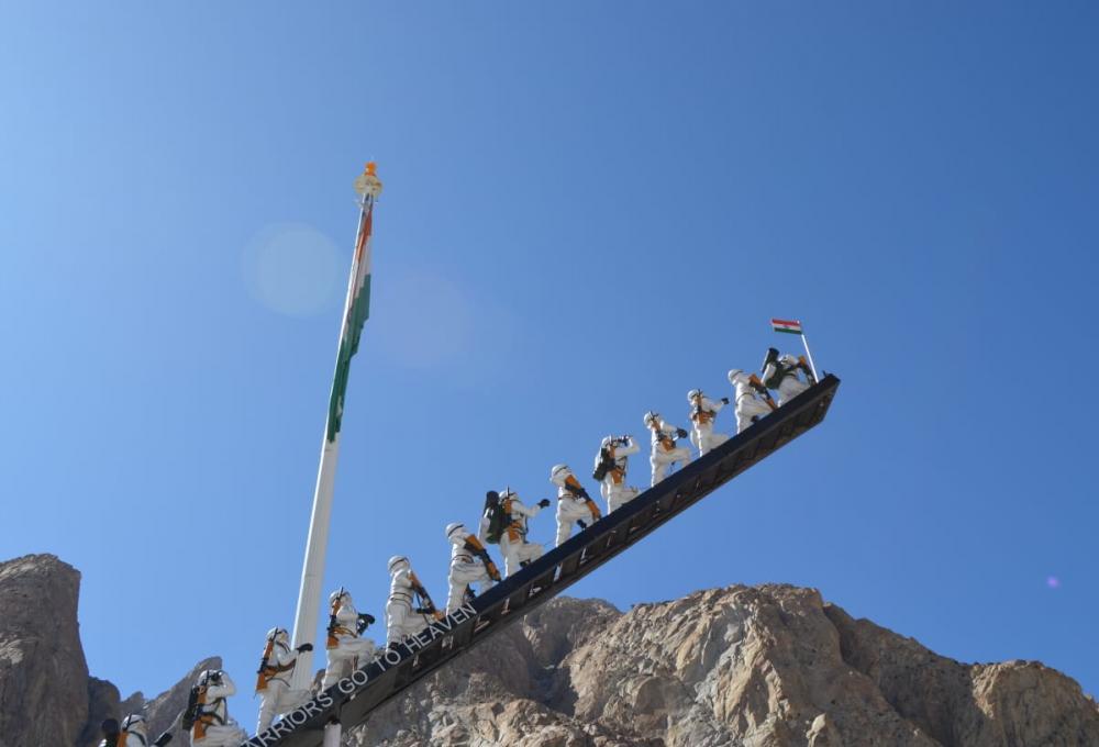 Leh Ladakh Tour with Siachen Expedition