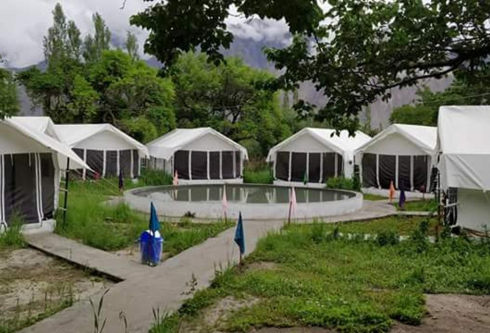 The Regal Camp Hunder
