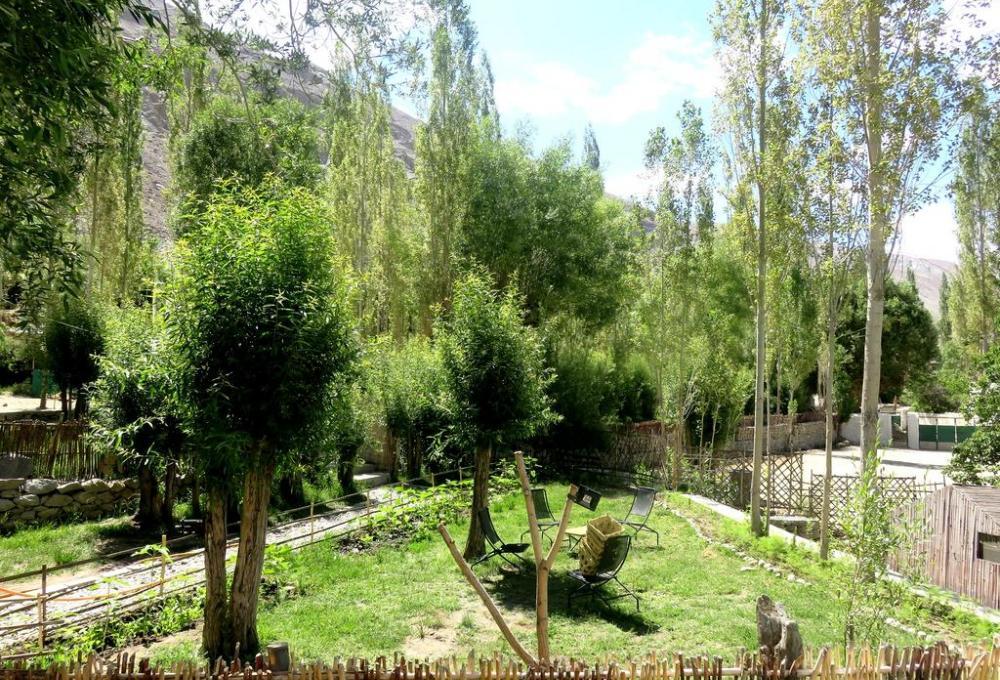 Silk Route Cottages Garden