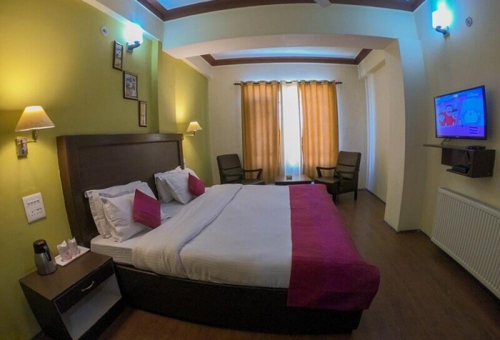 Presidential Suite Hotel Zojila Residency
